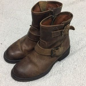 Steven Madden Brown Leather Boots 9